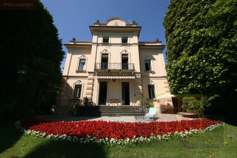 Lakefront Historical Palace in Lake Como for sale