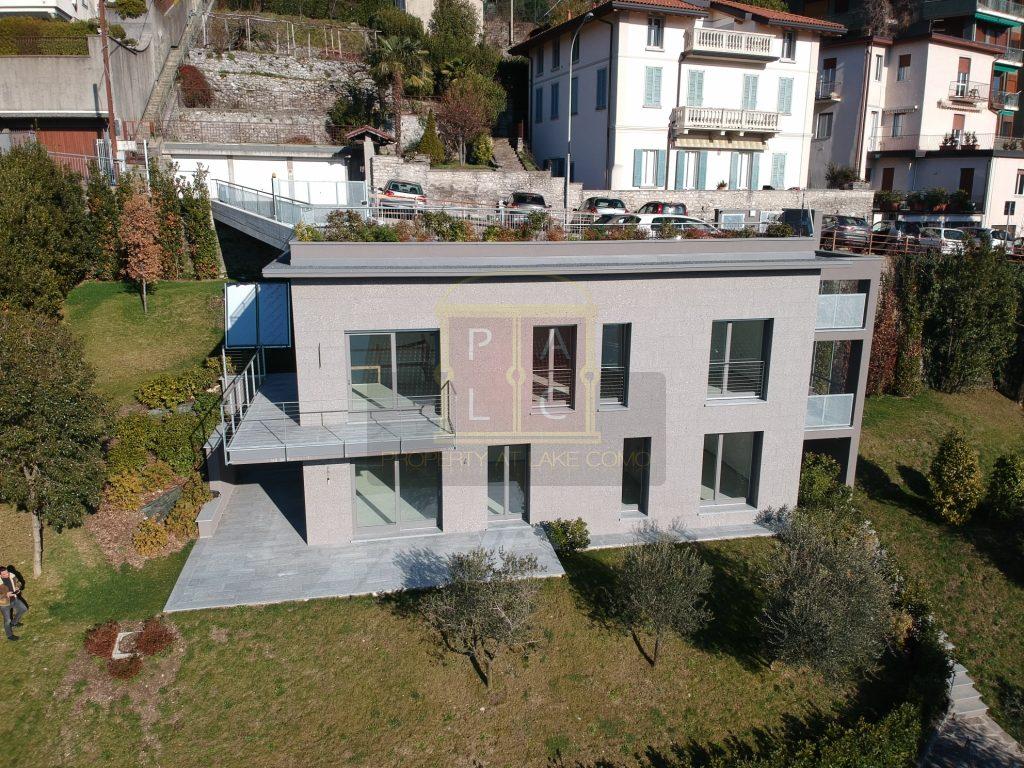 Moderna villa in Como con superba vista lago