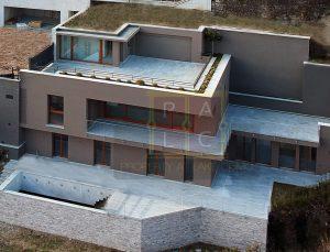 Villa C Spinnaker