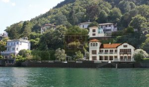 Lake Como waterfront classic villa for sale