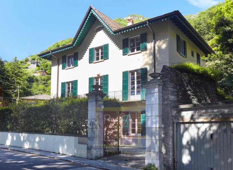 Diese einzigartige Immobilie und Immobiliengeschäft ist zweifellos die interessanteste und die einzige, die heute am Comer see
