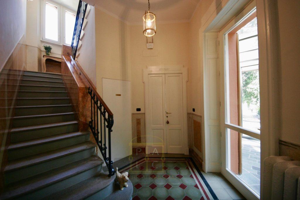 18 entrance hall