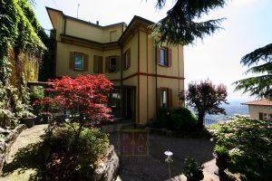 Grand Liberty Villa on lake Como
