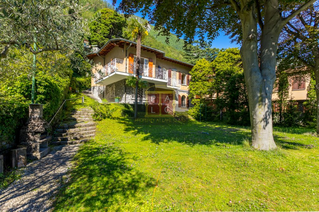 villa in Laglio for sale