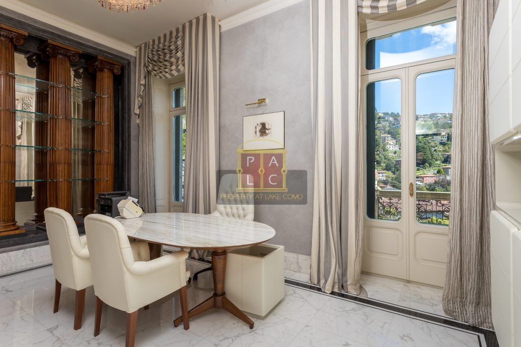 breakfast room in Prestigious villa in Cernobbio for sale