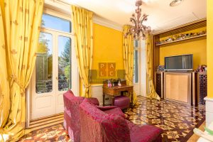 living room in Prestigious villa in Cernobbio for sale