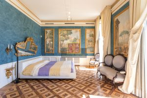 Master bedroom in Prestigious villa in Cernobbio for sale