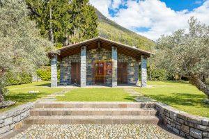 dependance in villa a cernobbio con vista lago stupenda