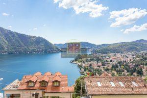 Exquisite Belle Époque Villa with Lake View in Prime Location