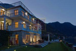 waterfront villa in Laglio