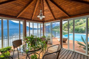 Lakeside villa with pontoon Como (15)