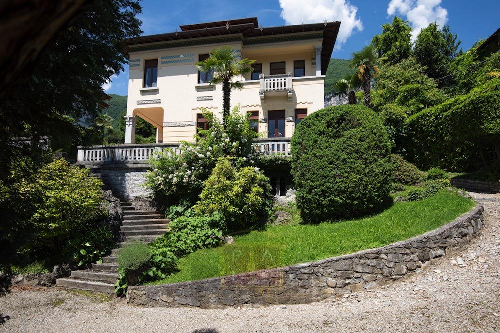 Villa D'epoca sul lago di Como